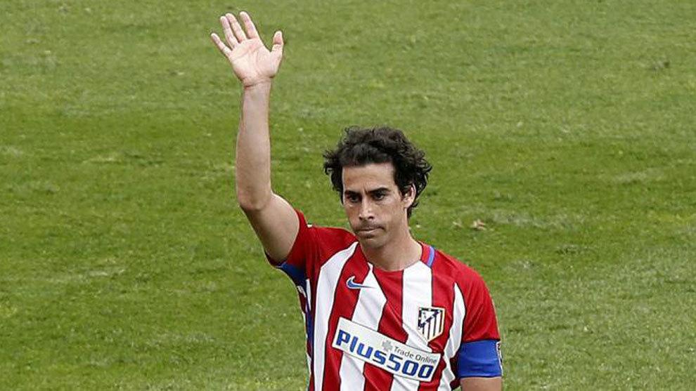 Tiago, en un momento de su despedida ante el Athletic en mayo de 2017