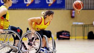 Sonia Ruiz durante un entrenamiento con la selección española.