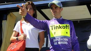 Alberto Contador, en el podio de vencedor de la Vuelta a Burgos 2016.