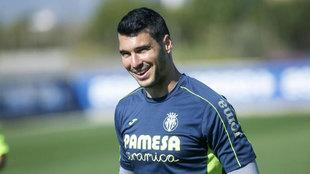 Andrés Fernández durante un entrenamiento con el Villarreal
