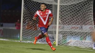 Andrade festejando su tanto con Veracruz.