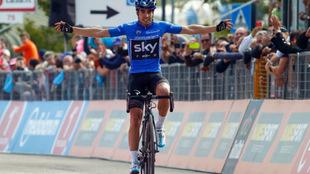 Mikel Landa entra vencedor en la etapa de Piancavallo, en el pasado...