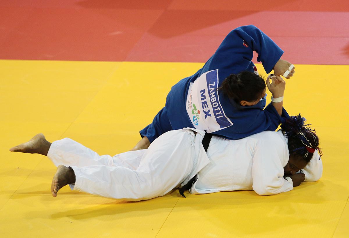 Tuvo cuatro participaciones en Juegos Olímpicos.