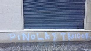 Pintada contra Pinola en la escuela de sus hijos