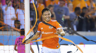 Erick Torres llegó a 11 goles en la MLS