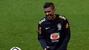 Paulinho, con Brasil.