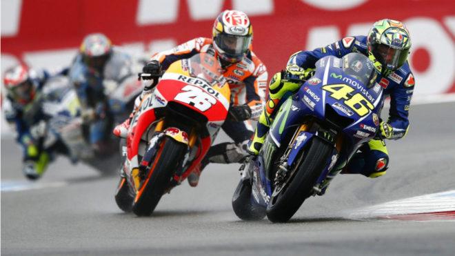 Rossi, por delante de Pedrosa.