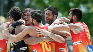 Los 'Hispanos' celebran el pase a la final del Europeo de...