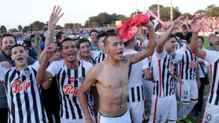 Libertad celebrando el título de Liga