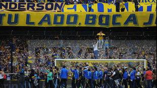 La afición de 'La Doce' celebra el título junto a los...