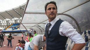 Beñat San José, entrenador del Bolívar, campeón del Apertura...