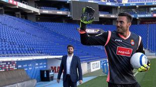 Roberto Jiménez,el verano pasado, en su presentación como jugador...