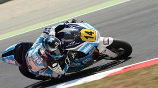 Garzó compitiendo con la Yamaha del equipo Team Wimu CNS.