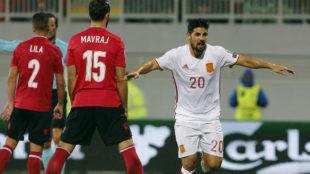 Nolito celebra un gol con la selecci�n espa�ola.