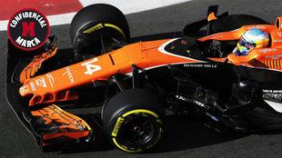 Fernando Alonso pilota su MCL32 en el GP de Azerbaiy�n.