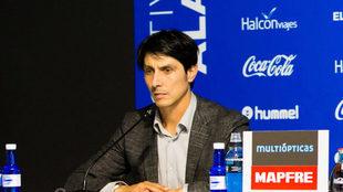 Sergio Fernández, director deportivo del Alavés, en rueda de prensa
