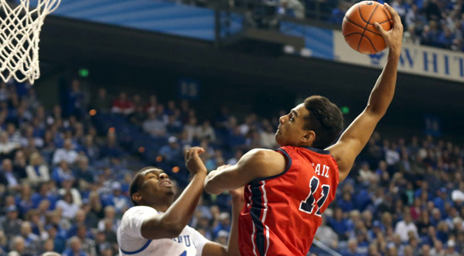 Sebas Saiz machacando en la NCAA con Ole Miss