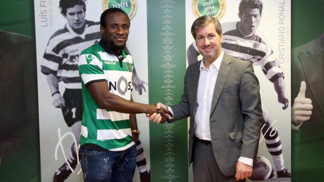 Doumbia, con la camiseta del Sporting.