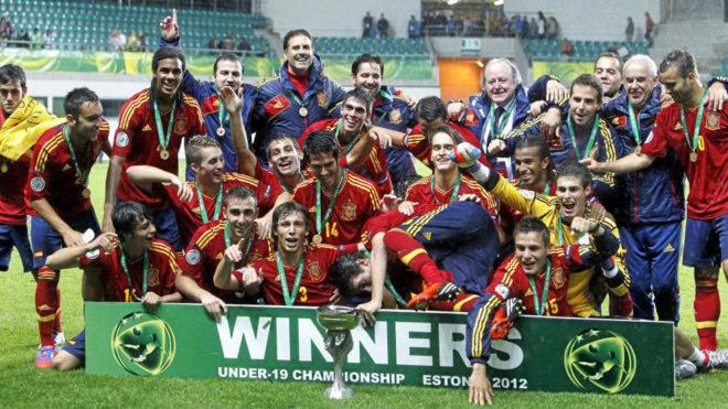 La selección sub 19 celebra el título de la categoría conseguido en...