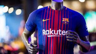 As� luce en la camiseta el patrocinador japon�s