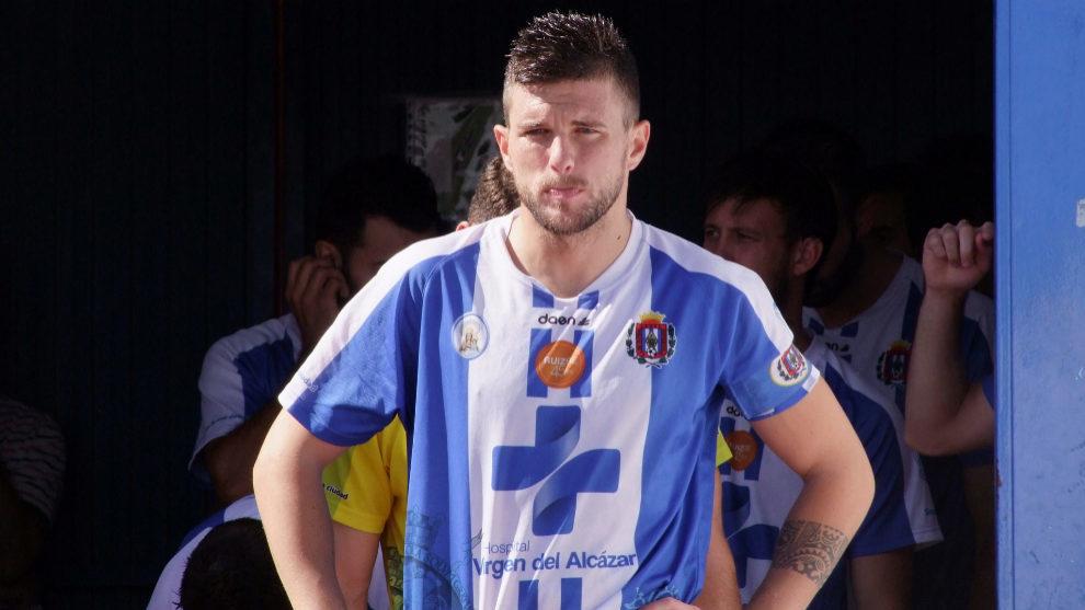 Andrés Carrasco, antes de un partido.