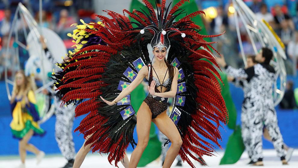 La belleza de las bailarinas para despedir Rusia 2017.