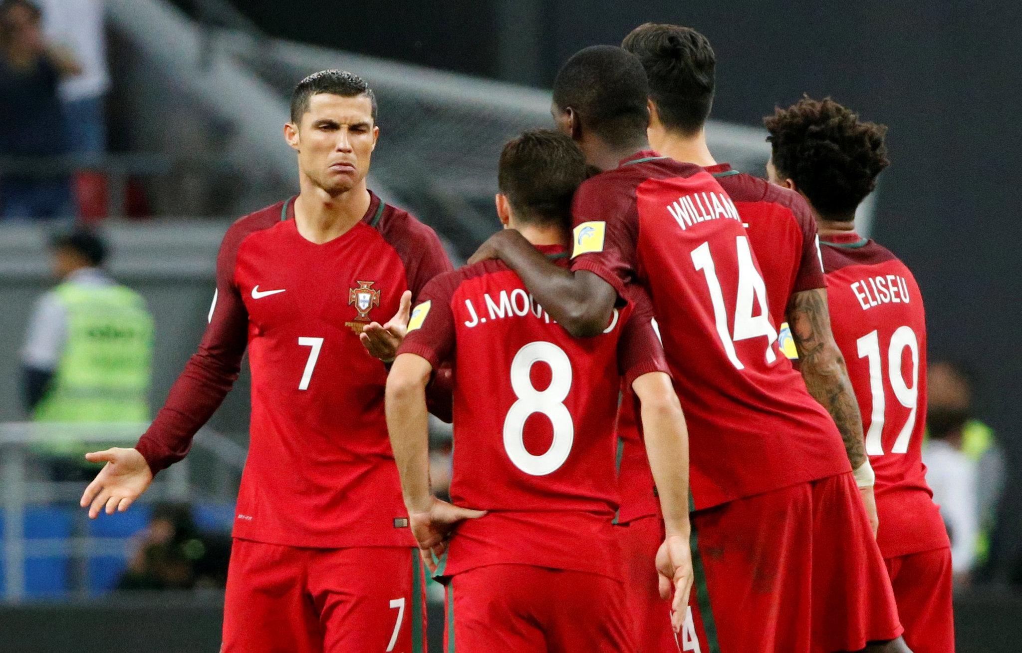 Cristiano Ronaldo, en duelo semifinal ante Chile.