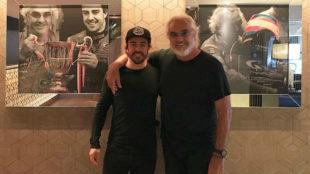 Alonso y Briatore, en el restaurante Crazy Fish de Montecarlo