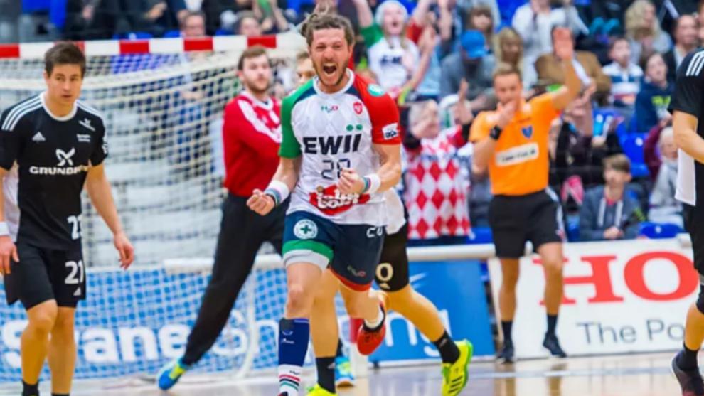Fabio Chiuffa celebra un gol con el KIF Kolding / KIF...