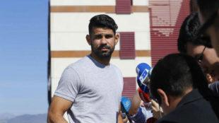 Diego Costa llega a una concentraci�n de la selecci�n en Las Rozas.