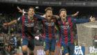 Luis Su�rez, Neymar y Messi celebran un gol al Atl�tico de Madrid en...