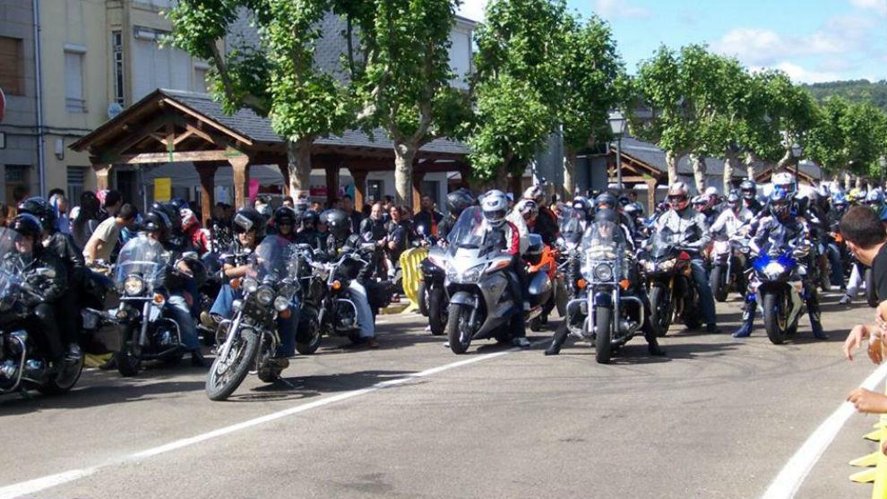 Moteros en la Concentración de Motos de Sanabria el año pasado.
