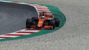 Alonso pilota su McLaren en el Red Bull Ring de Spielberg.