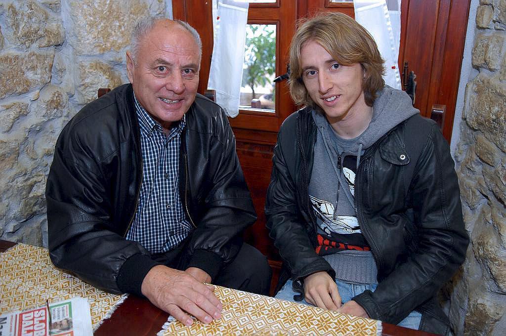 Luka, son su padrino deportivo, Basic, fallecido en 2014