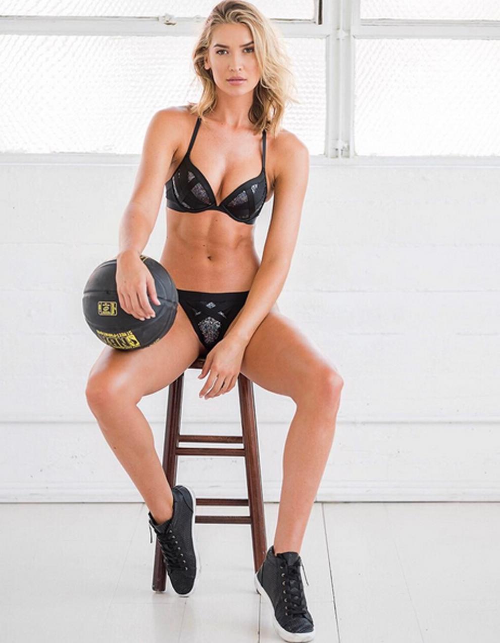 Melody Rae la modelo y jugadora de baloncesto que se ha hecho famosa...