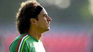 El mexicano podría jugar la Champions League