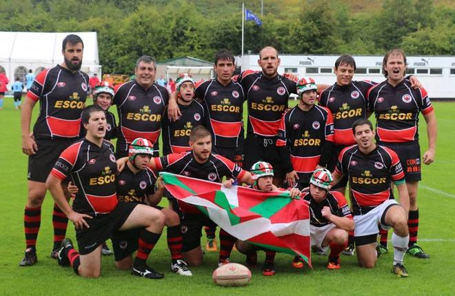 El EscorGaztedi Rugby Taldea posando en el Torneo Internacional de...