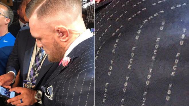 """El mensaje """"Fuck you"""", a lo largo y ancho del traje de McGregor."""