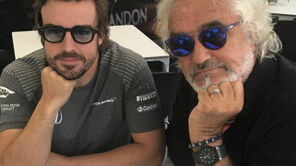 Briatore y Alonso en el GP de Bak�
