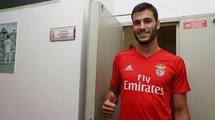 Moreira, tras pasar reconocimiento m�dico con el Benfica.
