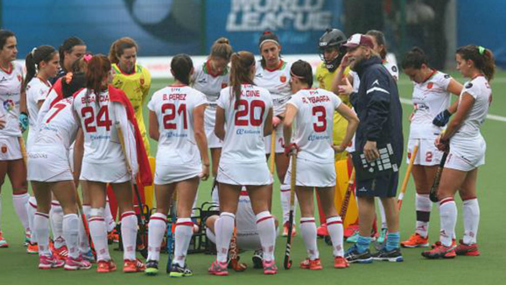 Campo adulto hockey europa