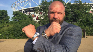 Triple H, Gerente de Operaciones de WWE.