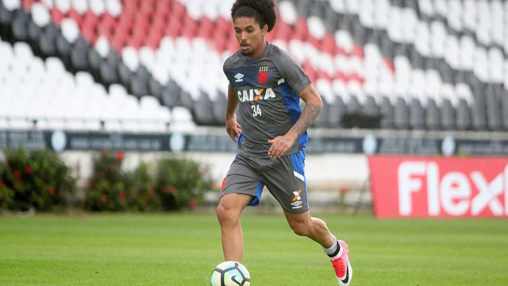 Douglas Luiz (19), en un entrenamiento del Vasco Da Gama