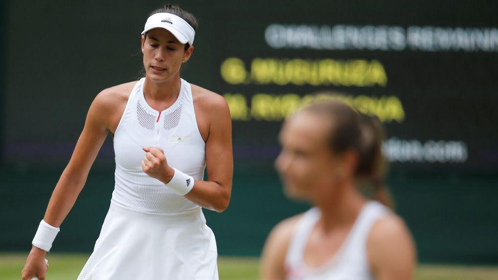 Garbiñe Muguruza celebra el pase a la final de Wimbledon ante la...