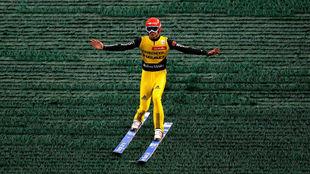 Uno de los saltadores en una de las pistas de hierba la temporada...