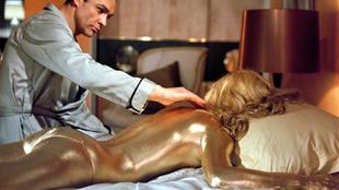 La cantante Shirley Bassey (int�rprete del tema Goldfinger de James...