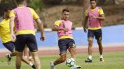 Vitolo (27), en su primer entrenamiento con Las Palmas en Maspalomas