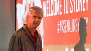 Arsene Wenger, en la concentraci�n del Arsenal en Sydney.