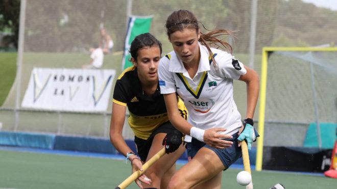 Alejandra Torres-Quevedo jugando un partido con el Club de Campo.