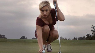Uno de los polémicos modelos de la golfista Paige Spiranac